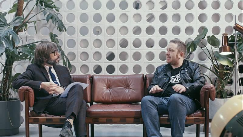 Entrevista d'Òscar Dalmau a Àlex Roca al tretzè capitol d''Helvètica'