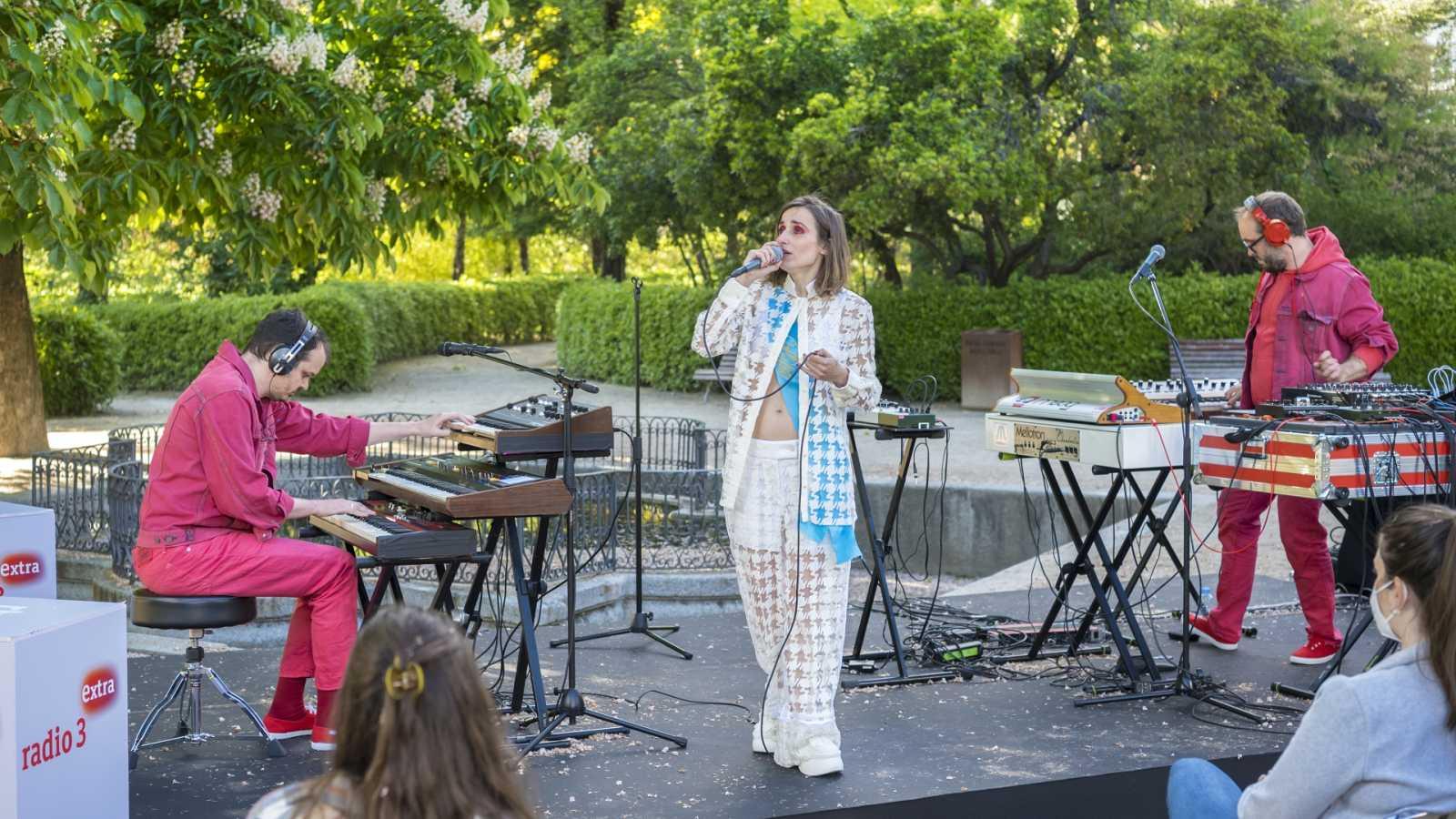 Zahara - berlin U5 (directo en el Jardín Botánico de Madrid)