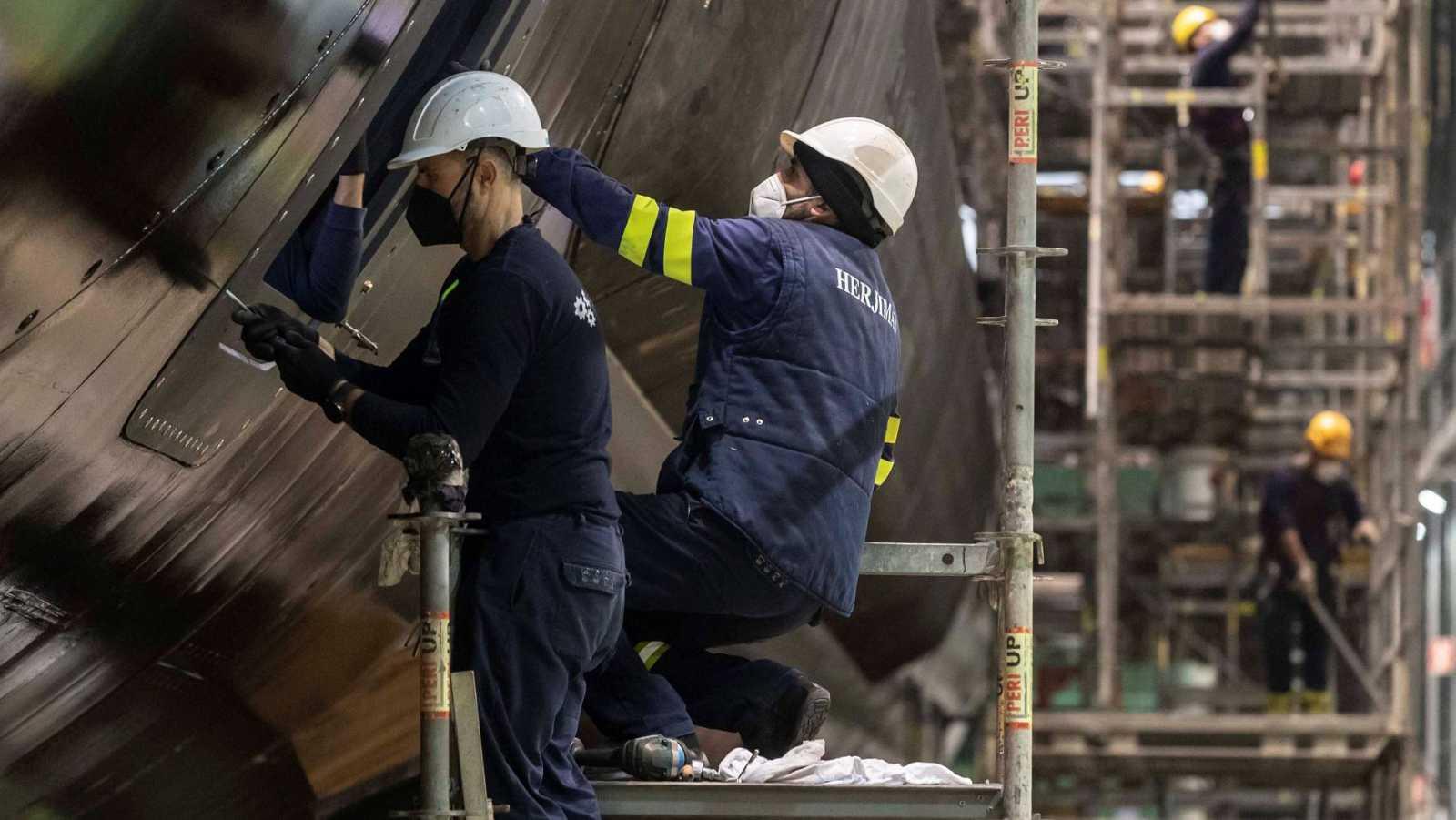 Trabajadores de los astilleros de Navantia en Cartegena
