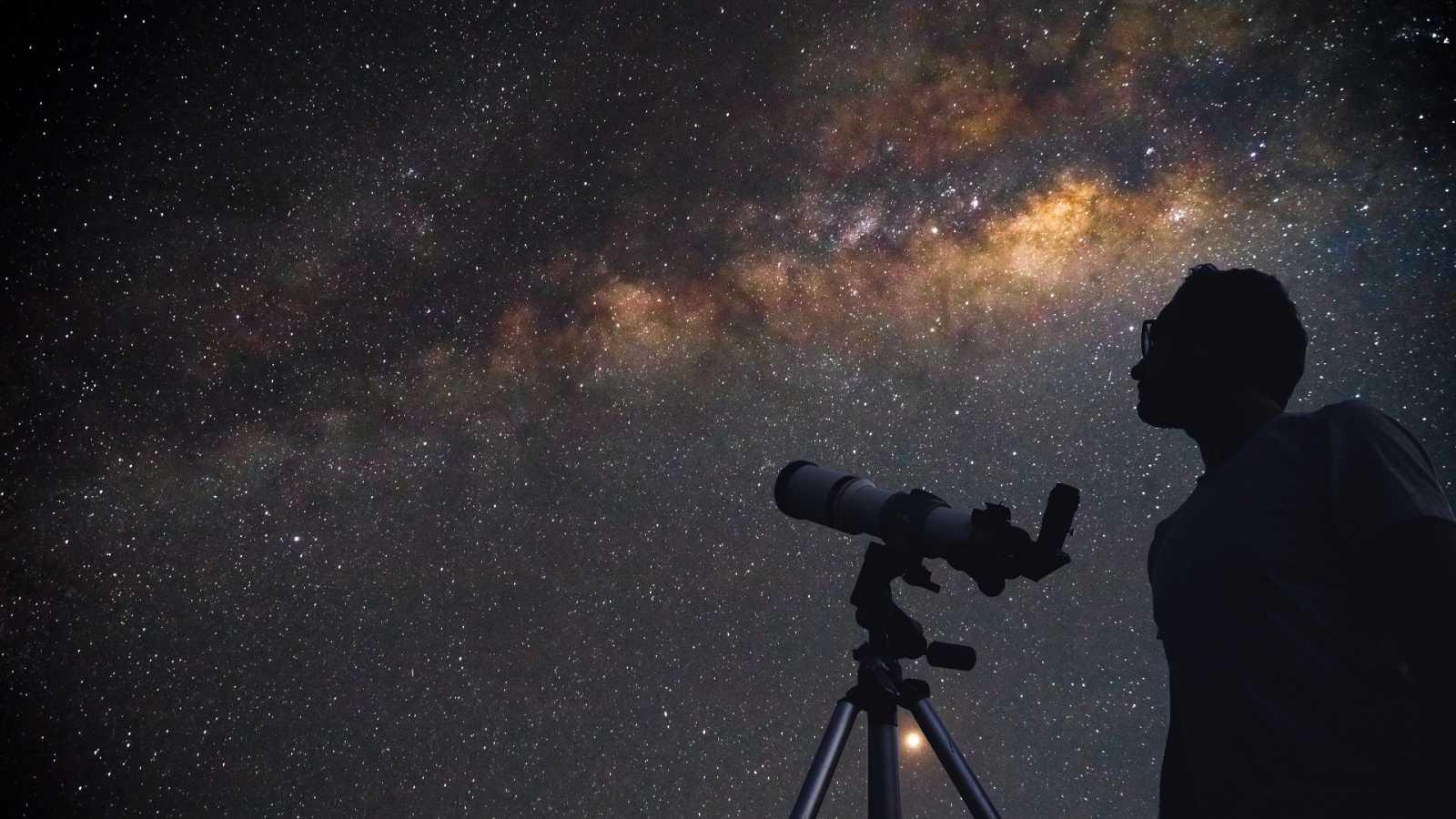 Alumnos de dos institutos de Canarias descubren dos estrellas