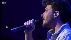 """Eurovisión 2021 - Blas Cantó interpreta """"I'll stay"""" al piano"""