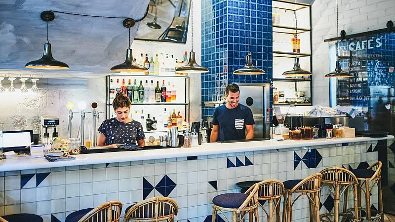 España Directo - ¿Te animarías a alquilar un bar por cinco euros?