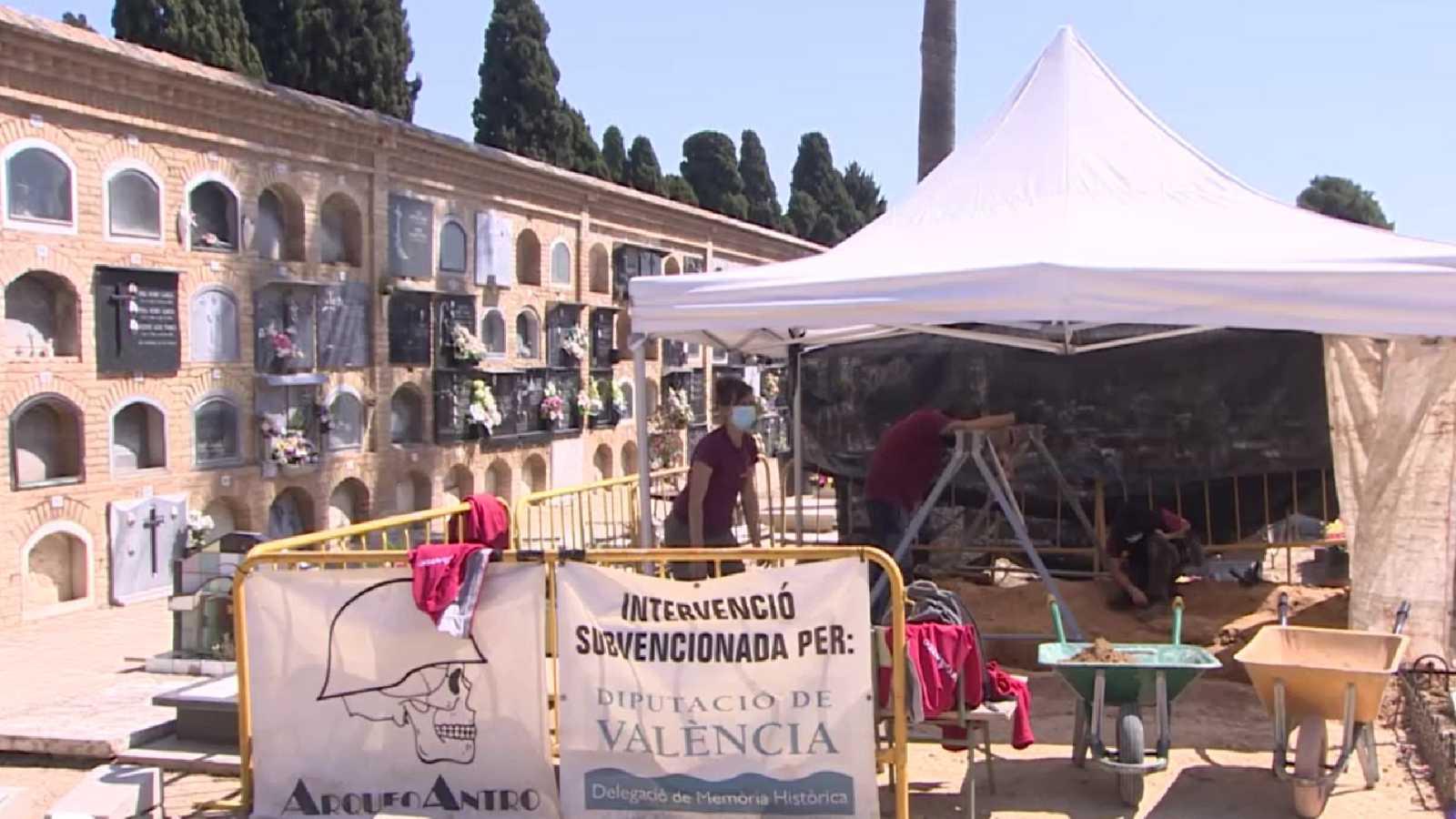 Comienza la exhumación de la Fosa de la Cultura, donde yacen 200 fusilados por la represión franquista