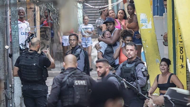 Mueren 25 personas en una operación policial en Brasil - Ver ahora