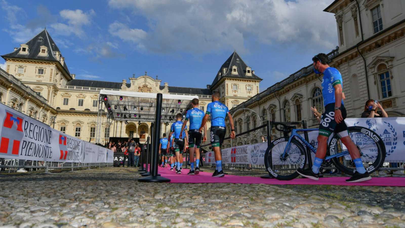El Eolo Kometa de Contador debuta en el Giro de Italia
