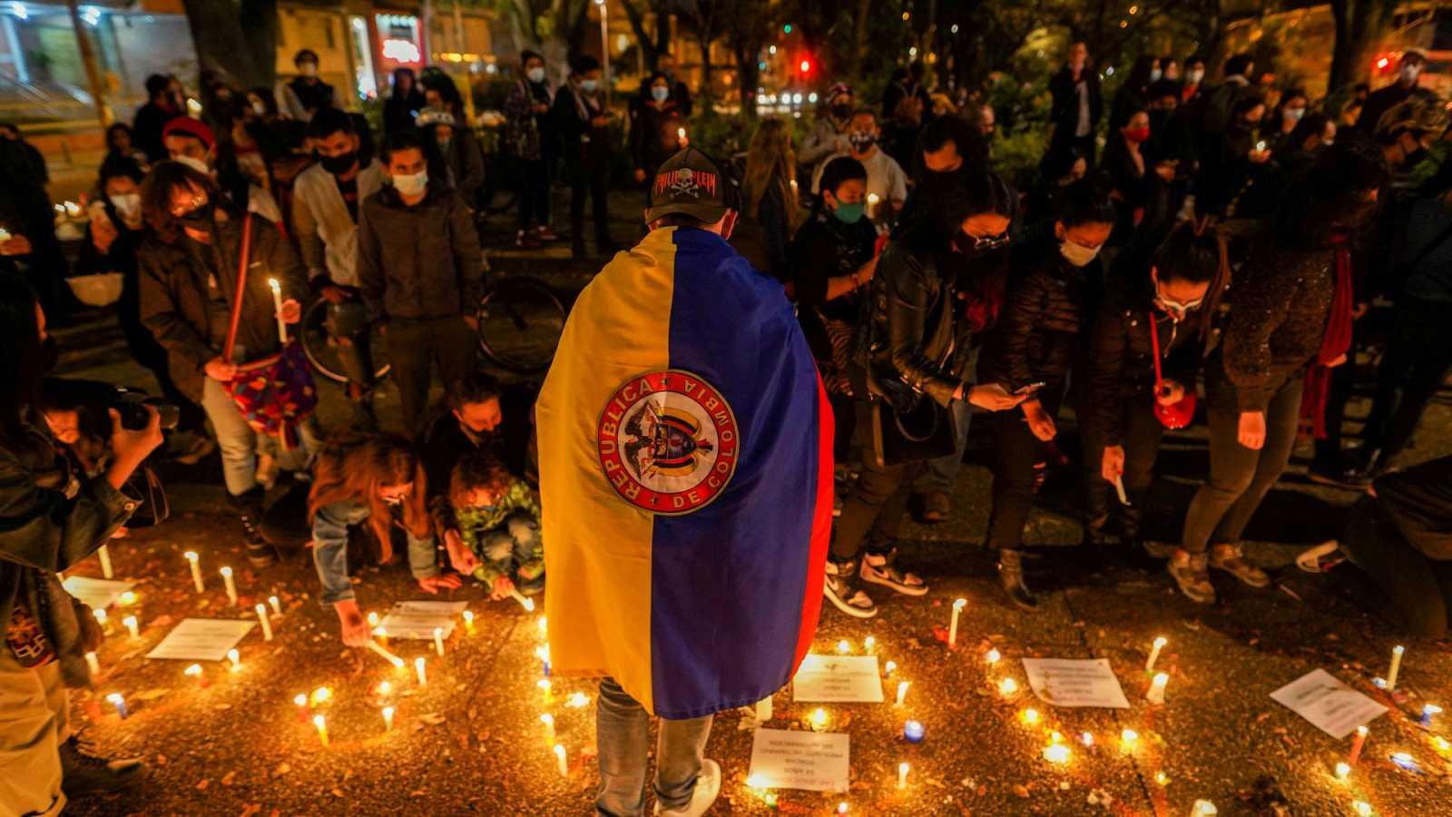Los jóvenes reclaman más cambios en Colombia después de 10 días de protestas