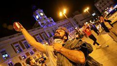 Celebraciones del fin del toque de queda en las calles de Madrid