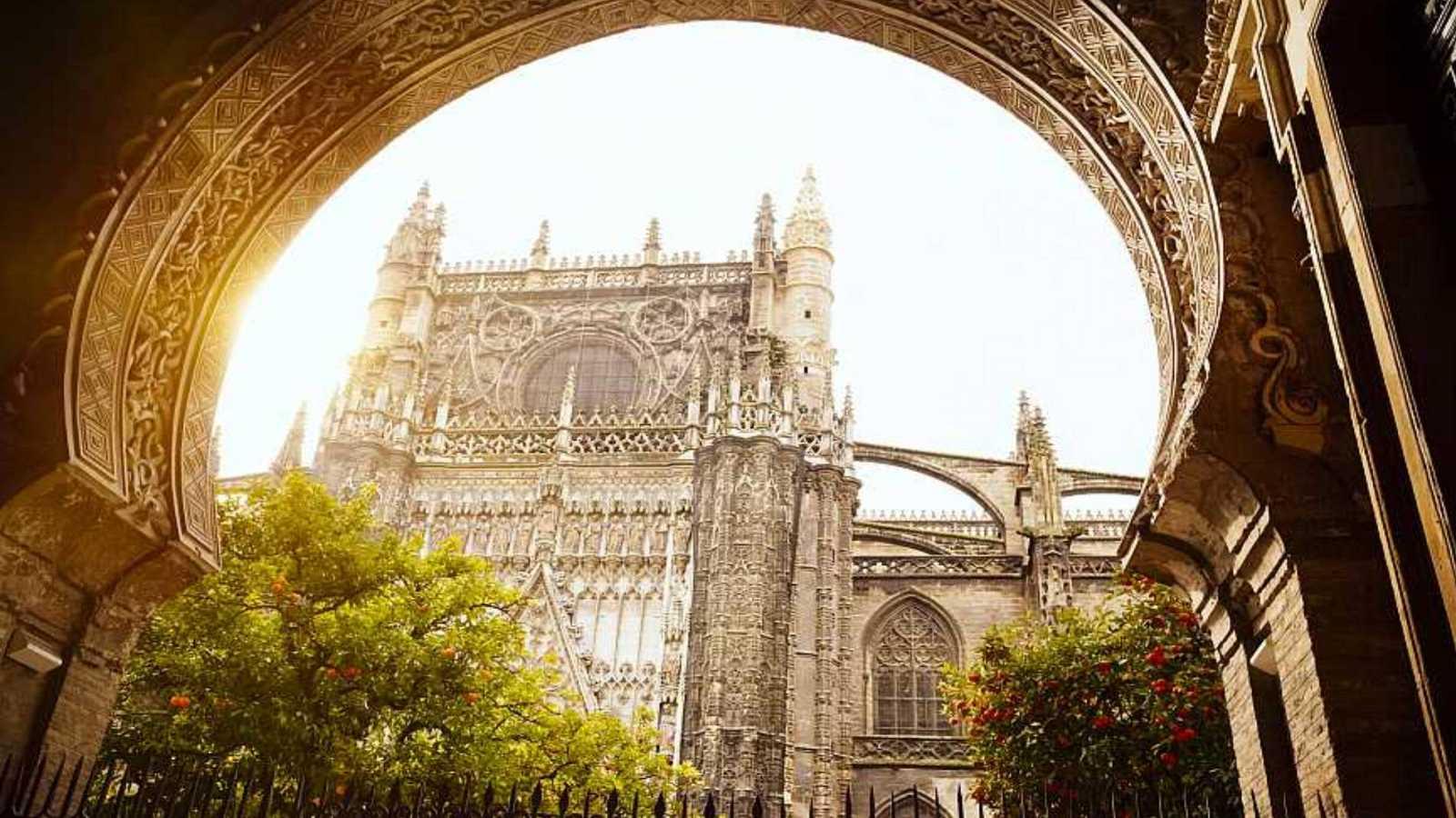 Reabre la Catedral de Sevilla tras seis meses cerrada por la pandemia