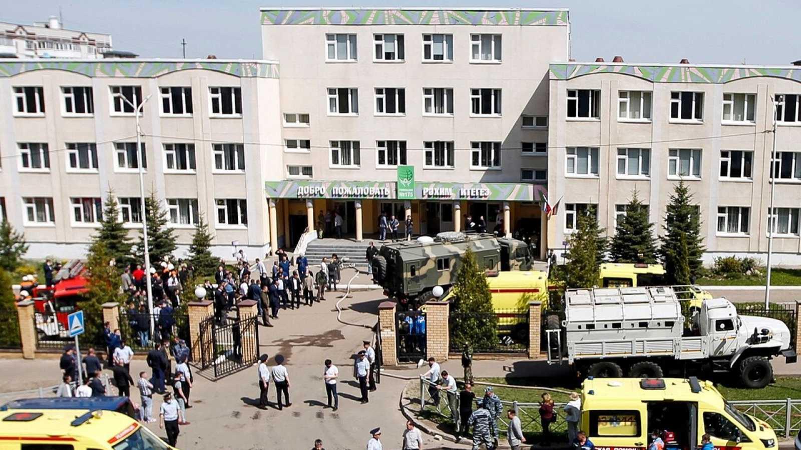 Mueren al menos once personas, entre ellas nueve menores, en un tiroteo en una escuela en la ciudad rusa de Kazán