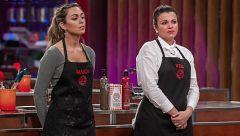 Vero se despide de las cocinas frente a una emocionada María