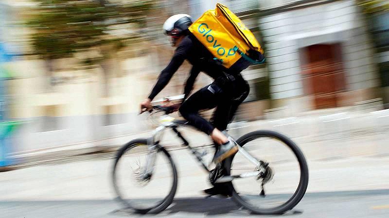 El Gobierno aprueba la 'Ley Rider' en medio de protestas