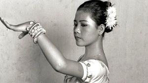 La foto a la bailarina camboyana, de Isabel Muñoz