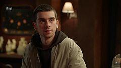 Dos Vidas: Erik acepta quedarse en el hotel