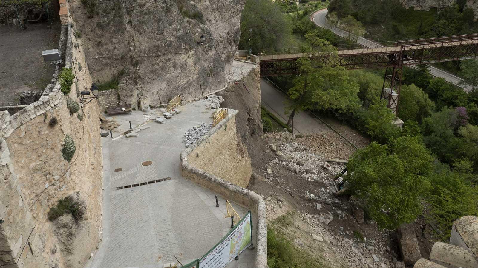 Derrumbe en el principal acceso a las Casas Colgadas de Cuenca