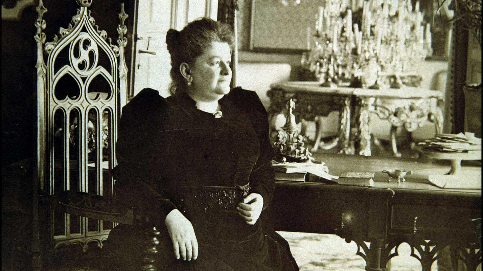 Emilia Pardo Bazán: de moda cen anos despois