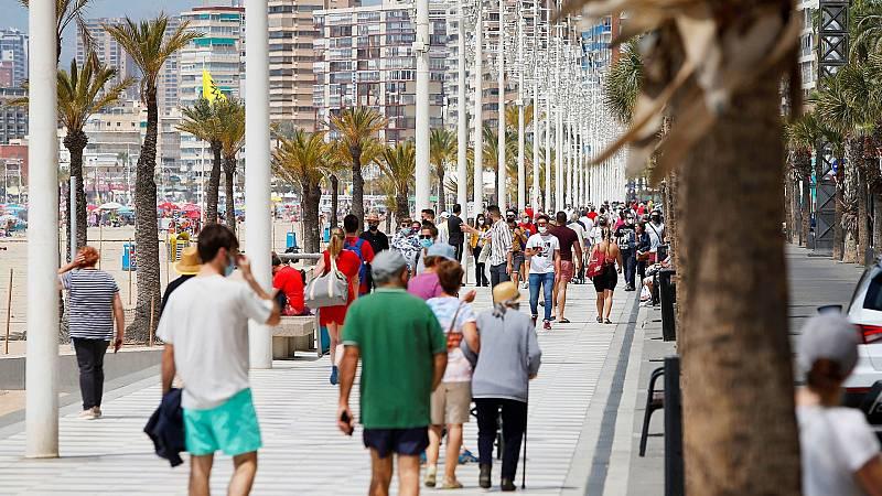 España vive su primer de semana completo sin estado de alarma