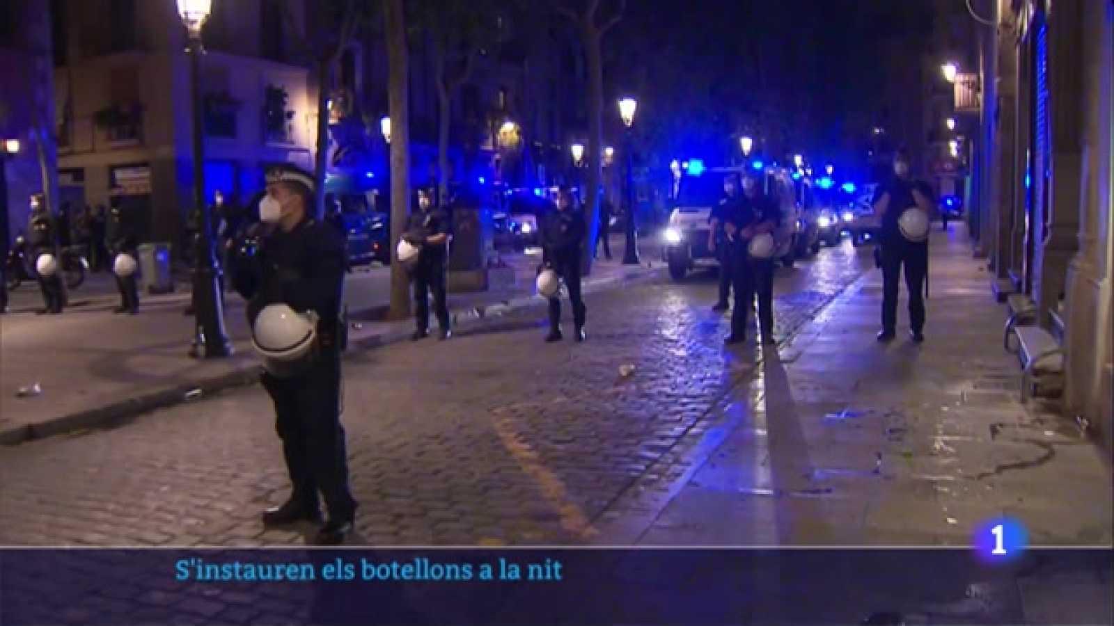 Més de 9.000 desallotjats a Barcelona per fer 'botellons' al carrer