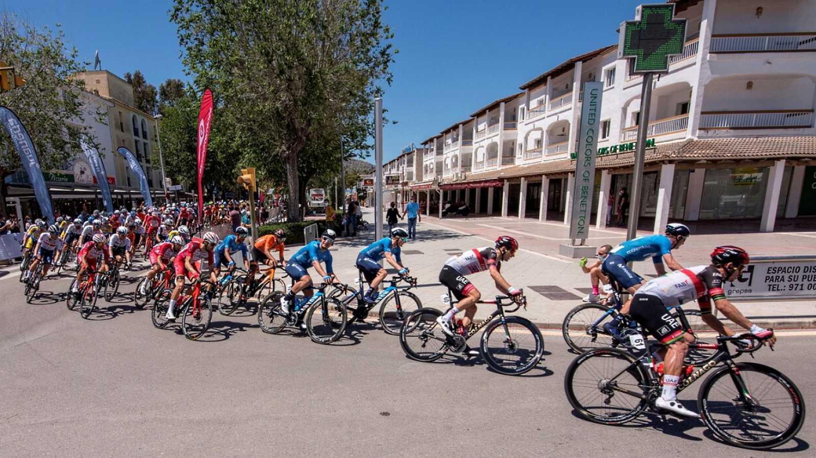 Ciclismo - Challenge ciclista Mallorca 4ª jornada Trofeo Alcudia-Port D'Alcudia - ver ahora