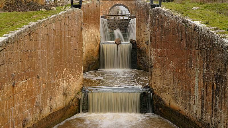 80 CM - Canal de Castilla (Palencia) - ver ahora