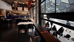 La hostelería navarra recupera el interior de sus establecimientos tras mes y medio de cierre