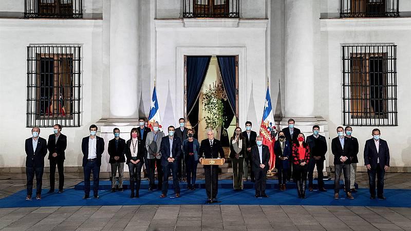 Ciudadanos independientes y progresistas redactarán la nueva Constitución de Chile