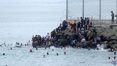 """Los partidos coinciden en la """"gravedad"""" de la crisis migratoria en Ceuta"""