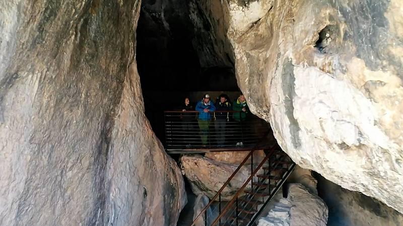 La Cueva de la Serreta en '80 cm'
