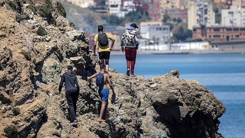 """Isabel Brasero (Cruz Roja), sobre la ola migratoria en Ceuta: """"El perfil son todos chicos jóvenes que no alcanzan los 14 años"""""""