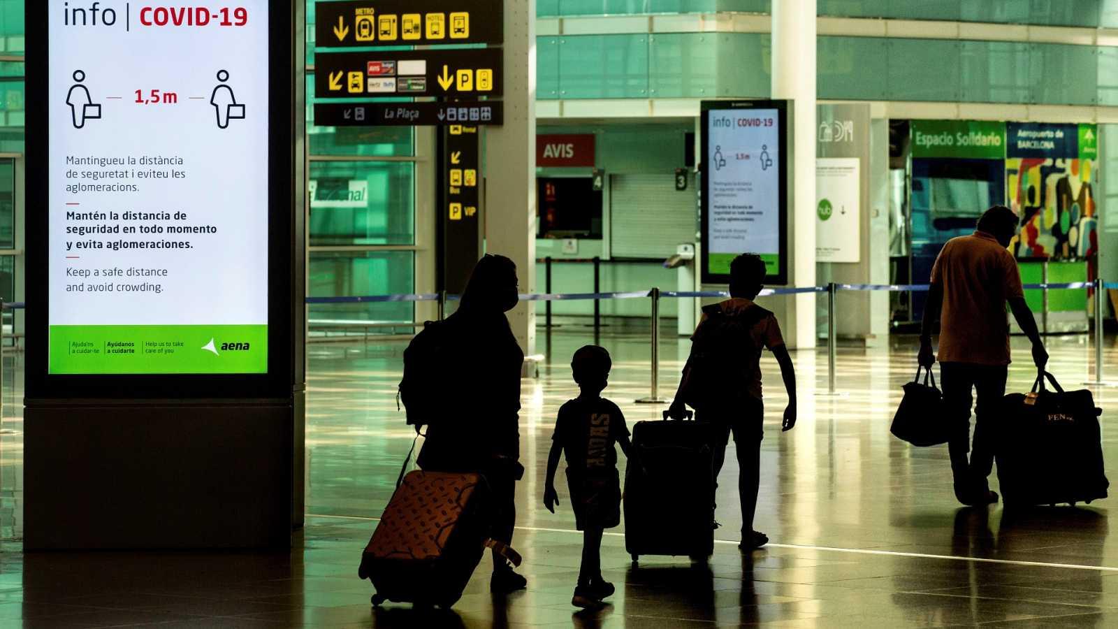 España abre sus fronteras a los turistas de Reino Unido la semana que viene  y el 7 de junio a todos los viajeros vacunados