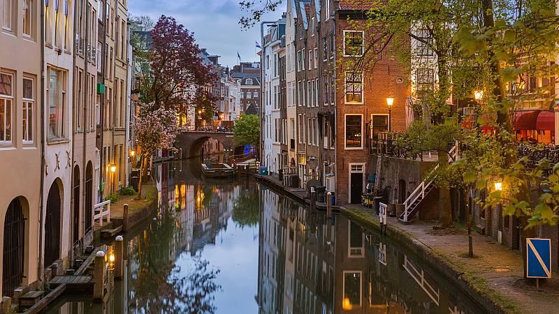Países Bajos desarrolla un novedoso sistema de alertas para avisar si los peces se han quedado atrapados en sus canales