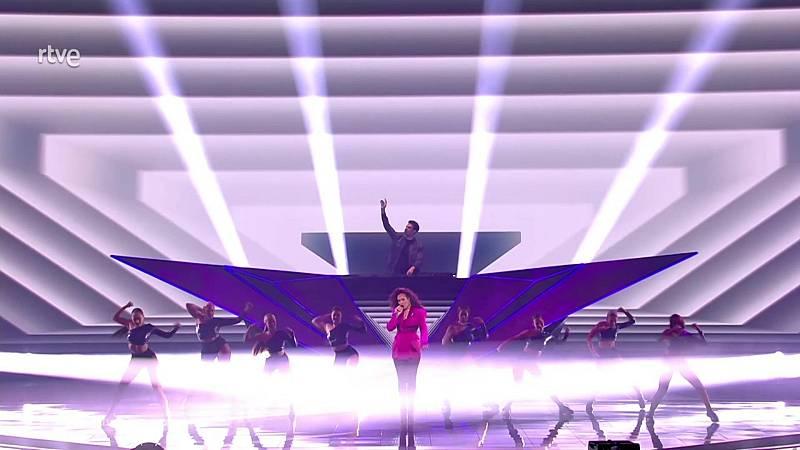 """Eurovisión 2021 - """"Music bind us"""", el intervalo del DJ Afrojack con los cantantes Glennis Grace y Wulf"""