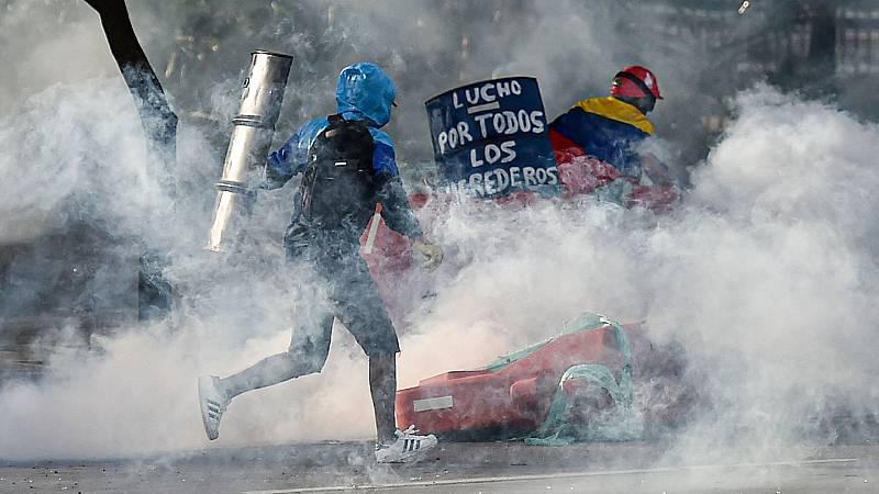 La policía, acusada de violenta en las protestas de Colombia