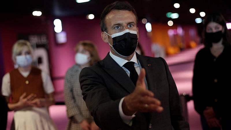 Macron se encomienda a dos youtubers para conquistar el voto joven