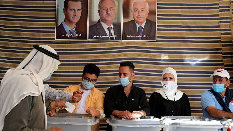Siria celebra siete años después elecciones presidenciales sin permitirse apenas candidaturas opositoras a Bashar Al-Ásad