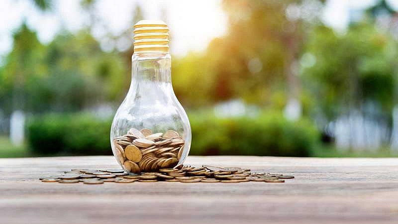 Nueva factura de la luz: nuevos tramos de precios, cómo me afecta y cuándo entra en vigor
