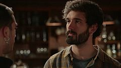 Dos Vidas: Erik convence a Tirso para no vender el hotel
