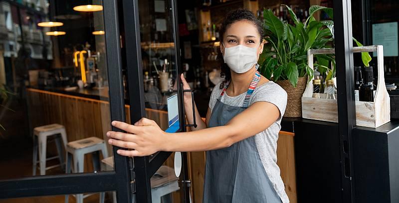 """Los ERTE han salvado """"miles de empresas y puestos de trabajo"""""""