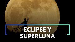 La 'superluna de mayo' y un eclipse dejan impresionantes imágenes por todo el mundo