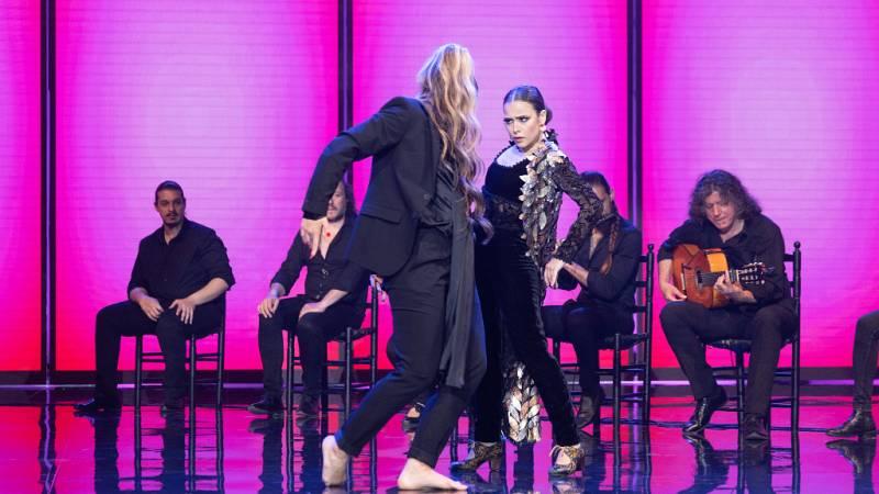 """The Dancer - Actuación """"Esencia"""" de Macarena con Lola Indigo"""