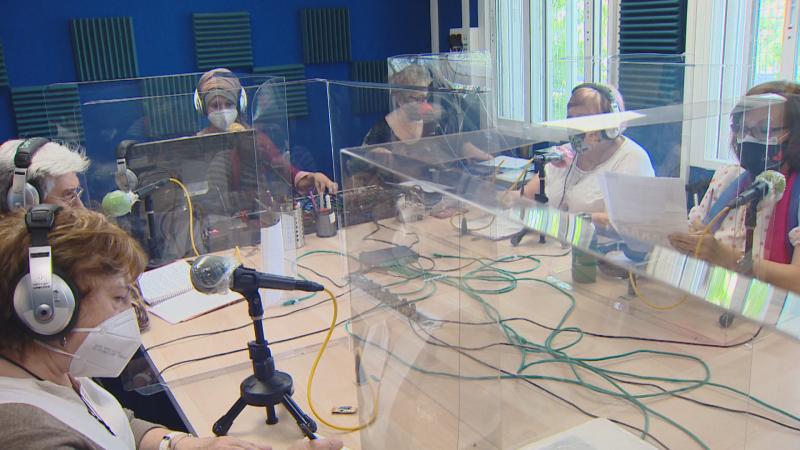 Las 'Lideresas de Villaverde', experiencia y poderío en la radio