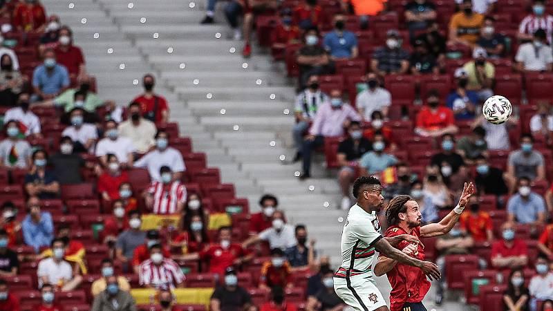 Vuelve el público: 15.000 personas en el Metropolitano para ver a la selección española