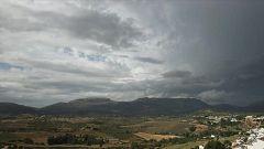 Chubascos y tormentas que pueden ser localmente fuertes e ir acompañadas de granizo en el entorno del cuadrante sudeste peninsular, resto del interior andaluz e Ibiza