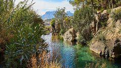 España Directo - Visitamos Las Fuentes del Algar: las cascadas turquesas de Alicante