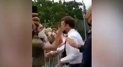 El presidente francés Emmanuel Macron agredido durante una visita a sureste del país