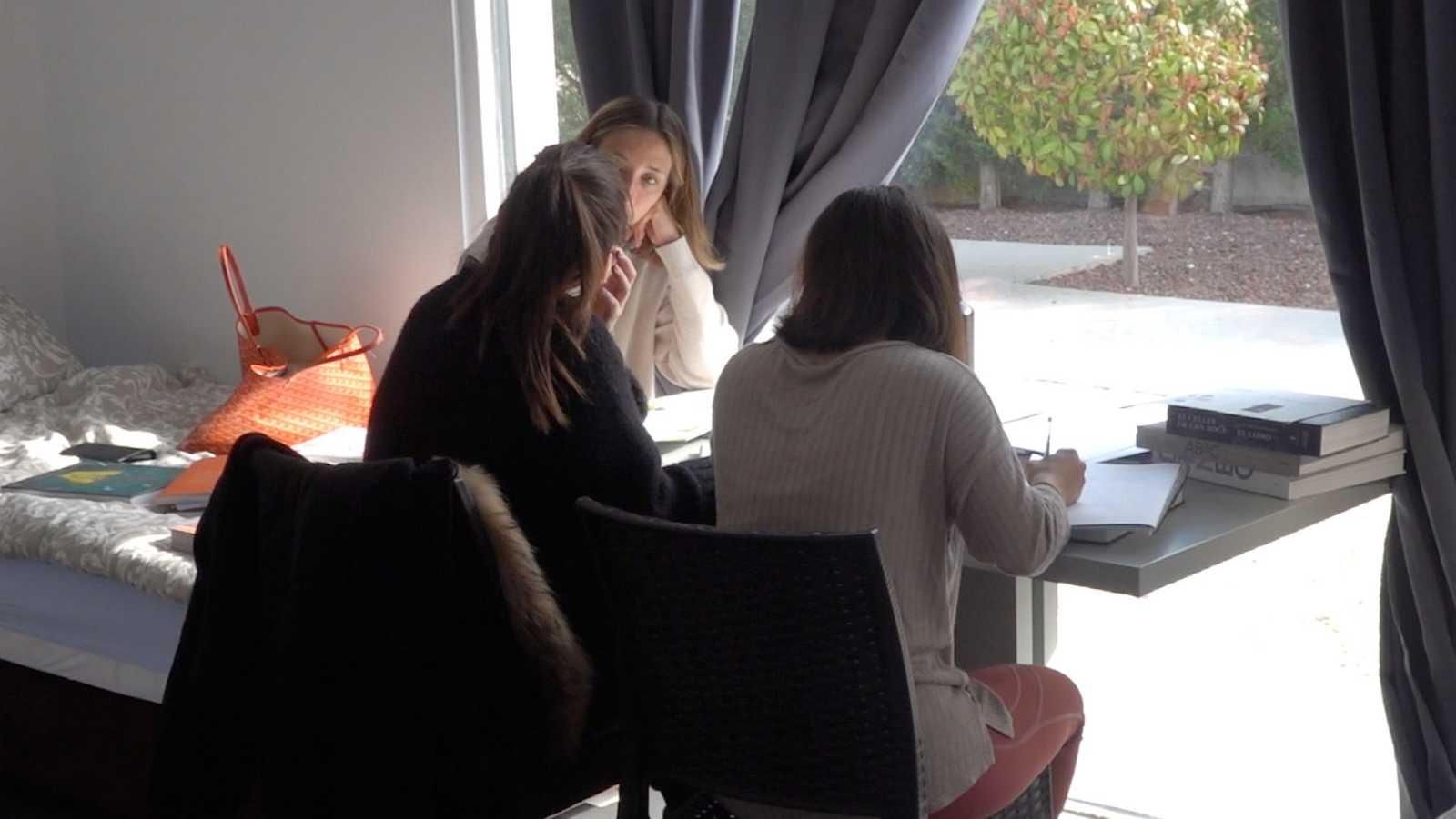 Amelicious, Ofelia y Meri comparten sus horas de estudio