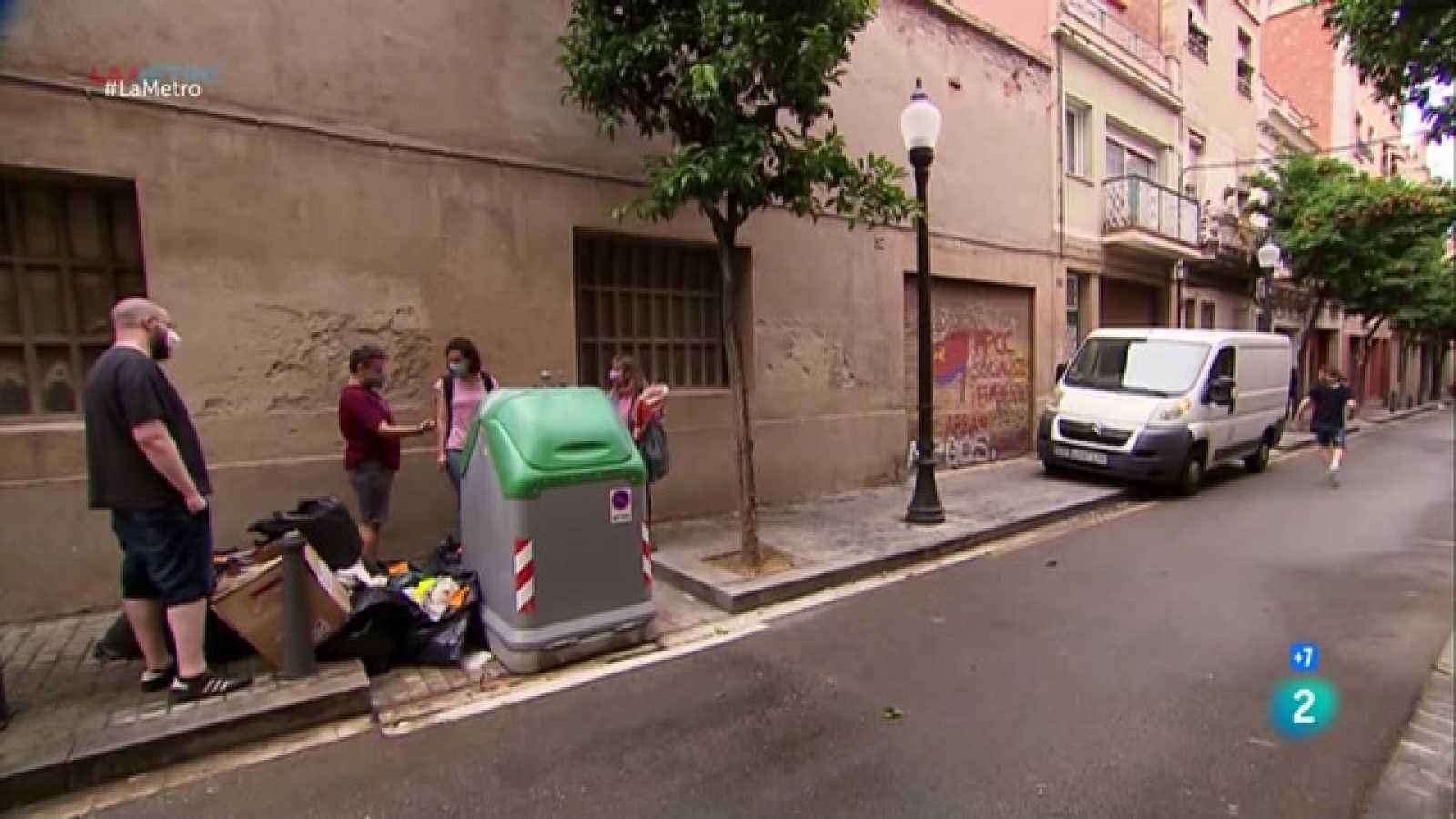 Parlem del sistema de recollida d'escombraries porta a porta que s'ha implantat a Sant Andreu, que esta resultant molt complicat, coneixem el servei d'autoreparació Reparatruck i el què fan al Molí Fariner, a Martorell, per facilitar trobar feina.