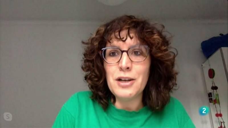 La portaveu de la PAH, Lucía Delgado, defensa la nova llei d'habitatge