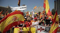Decenas de miles de personas se manifiestan contra los indultos del 'procés' en la plaza de Colón de Madrid
