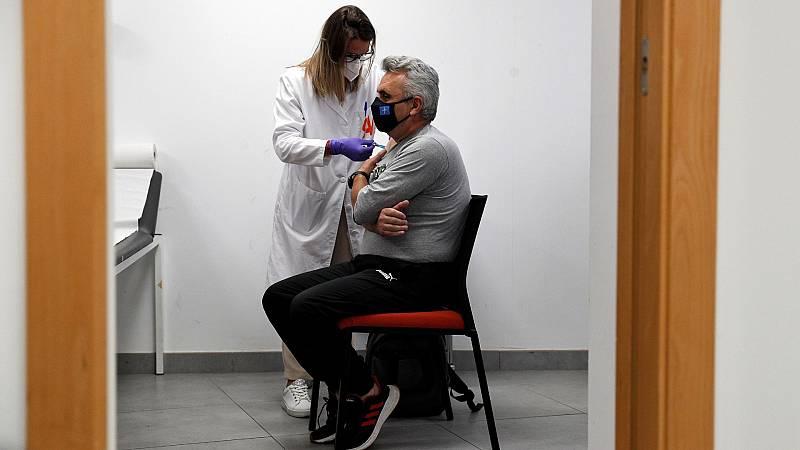 Avanza la vacunación en el grupo de menores de 50 años