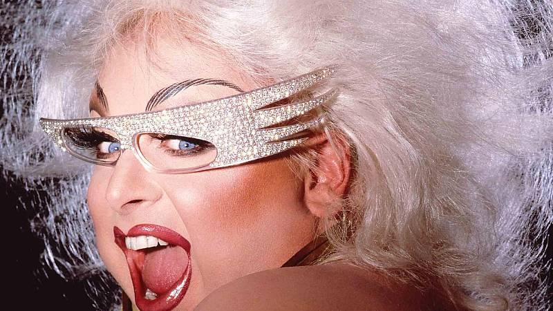 Loewe rinde tributo a Divine, icono de la cultura 'queer'